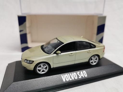 Volvo S40 2008 Lichtgroen 1-43 Minichamps
