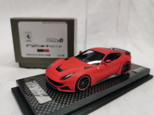 Ferrari F12 N Largo Mat Rood ( Zwarte Velgen) 1-43 YM Models Limited 20 Pieces