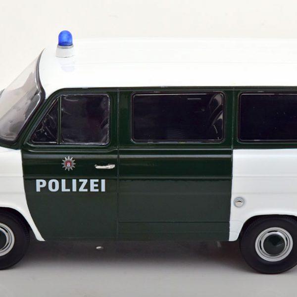 "Ford Transit MKI 1965 ""Polizei Hamburg"" Groen / Wit 1-18 KK Scale ( Metaal )"