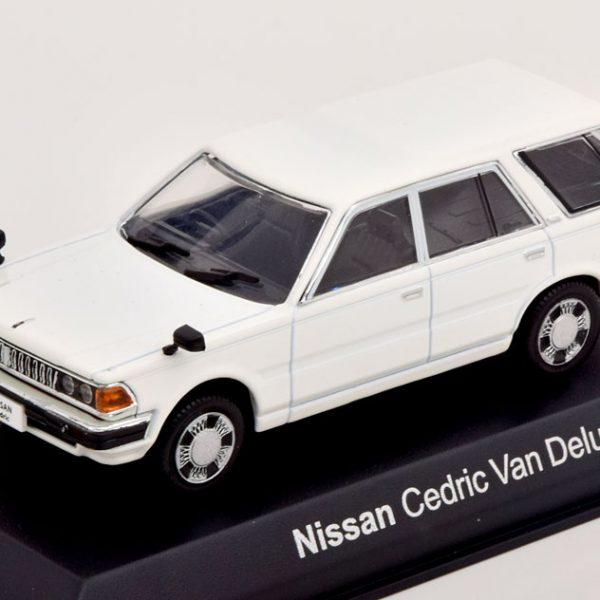 Nissan Cedric Van Deluxe 1995 Wit 1-43 Norev