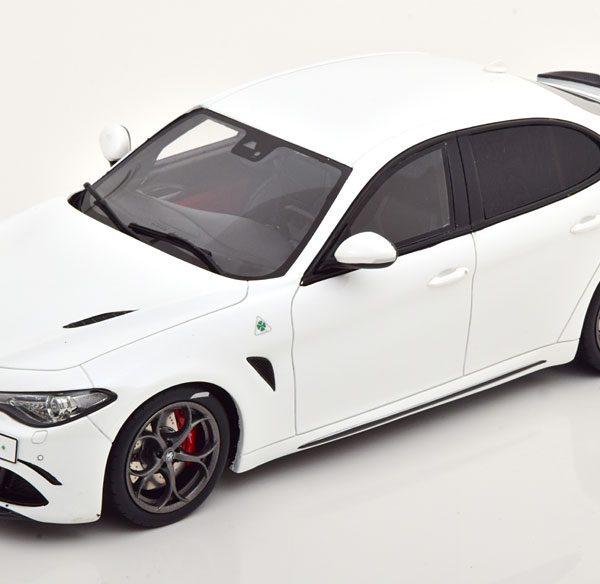 Alfa Romeo Giulia Quadrifoglio 2019 Wit 1-18 Ottomobile Limited 2500 Pieces