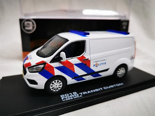 Ford Transit Custom 2018 Nederlandse Politie Ombouw ( New Striping ) 1-43 Triple 9 Collection