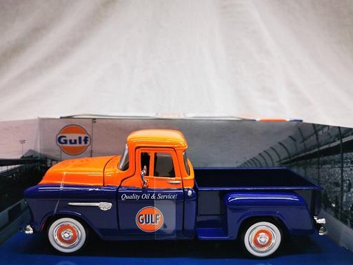 """Chevy 5100 Stepside 1955 """"Gulf"""" Oranje / Blauw 1-24 Motormax"""
