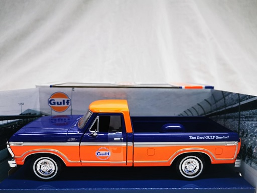 "Ford F-150 Custom 1979 ""Gulf"" Oranje / Blauw 1-24 Motormax"