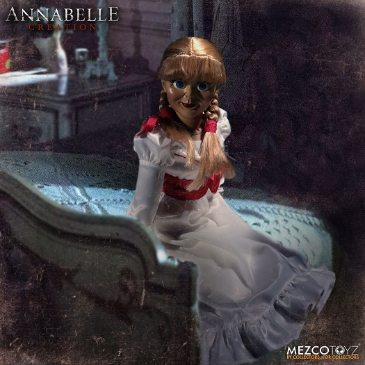 """Annabelle """"The Conjuring"""" Creation Prop Replica Doll ( 18 Inch ) Mezco Toys"""
