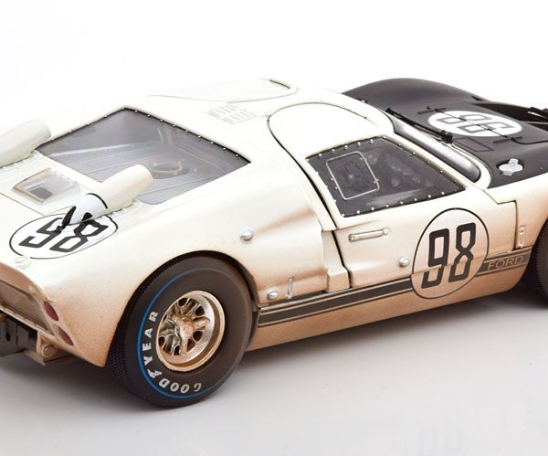 """Ford GT40 MK II #98 Winner 24Hrs Daytona 1966 """"Dirty Version"""" Miles/Ruby 1-18 Shelby Collectibles"""
