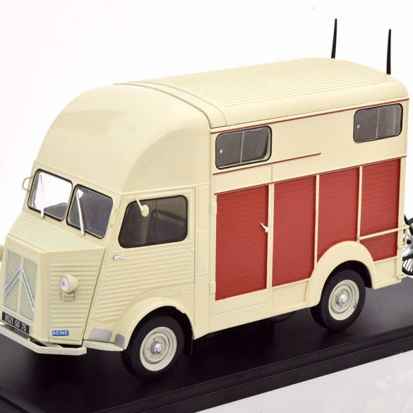 Citroen Type R Version Van Heuliez 1-24 Accurate Scale Models