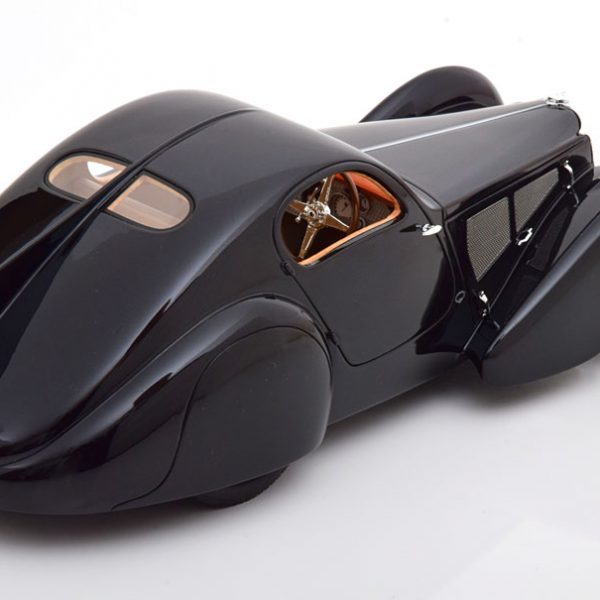 Bugatti Typ 51 Dubos Coupe 1931 Zwart 1-18 Cult Scale Models