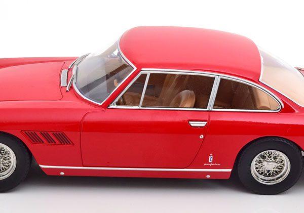Ferrari 330 GT 2+2 1964 Rood 1-18 KK Scale ( Metaal )