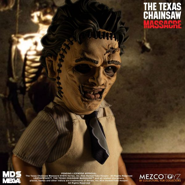 The Texas Chainsaw Massacre: Mega Scale Leatherface 15 inch Action Figure Mezco
