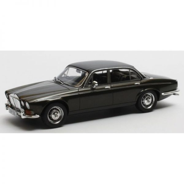 Daimler Double Six Vanden Plas Series I 1973 Zwart 1-43 Matrix Scale Models Limited 408 pcs.