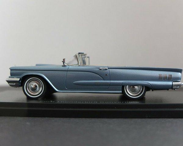 Ford Thunderbird Convertible 1960 Lichtblauw Metallic 1-43 Neo Scale Models