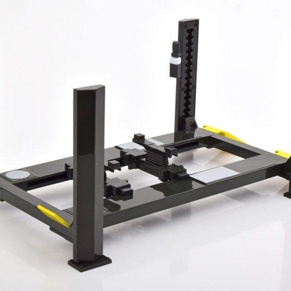 Adjustable Four-Post Zwart / Geel 1-18 Greenlight Collectibles