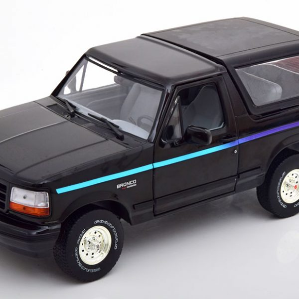 """Ford Bronco 1992 """"Nite Edition"""" Zwart 1-18 Greenlight Collection"""