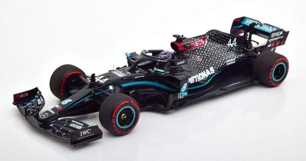 Mercedes-AMG Petronas Formula One F1 Team W11 EQ Performance Lewis Hamilton 91st GP Winner Nürburgring 2020, Worldchampion met Helm van Michael Schumacher 1-18 Minichamps ( Giftbox ) Limited 333 Pieces