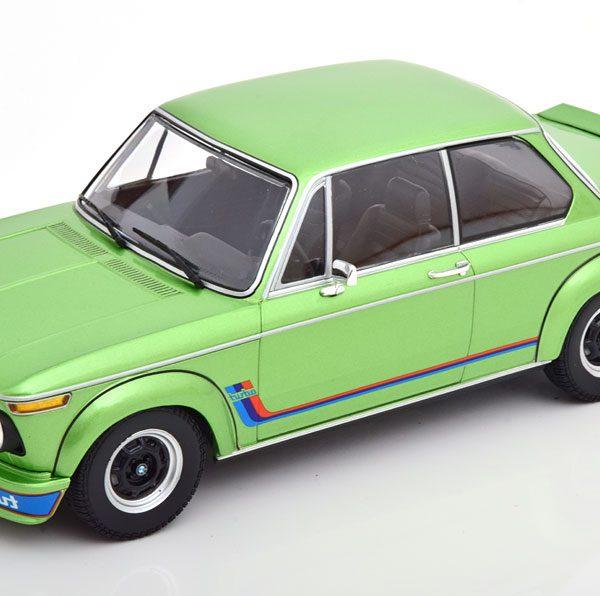 BMW 2002 Turbo 1972 Groen Metallic 1-18 Minichamps