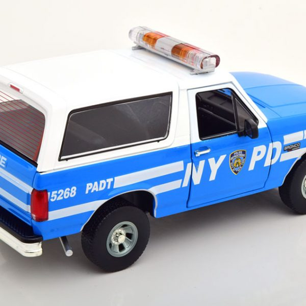 """Ford Bronco 1992 """"New York Police Department (NYPD)"""" Blauw / Wit 1:18 Greenlight Collectibles"""