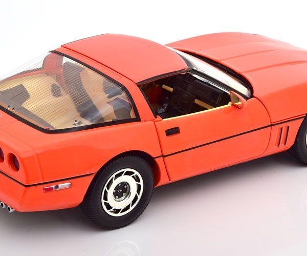 "Chevrolet Corvette C4 1984 ""Gilmore&Foyt Edition"" Oranje 1-18 Greenlight Collectibles"