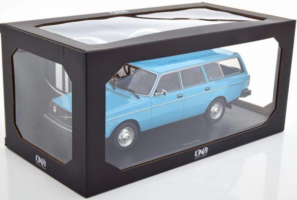 Volvo 245 DL 1975 Lichtblauw 1-18 DNA Collectibles Limited 299 Pieces