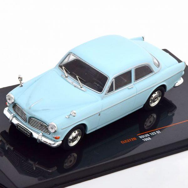 Volvo 123 GT Limousine 1968 Lichtblauw 1-43 Ixo Models